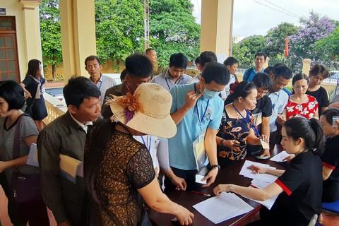 Diễn biến phiên đấu giá ngày 30 tháng 05 năm 2020 tại xã Phạm Ngũ Lão, huyện Kim Động